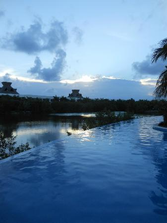 The Grand Mayan Riviera Maya: sunset at infinity pool