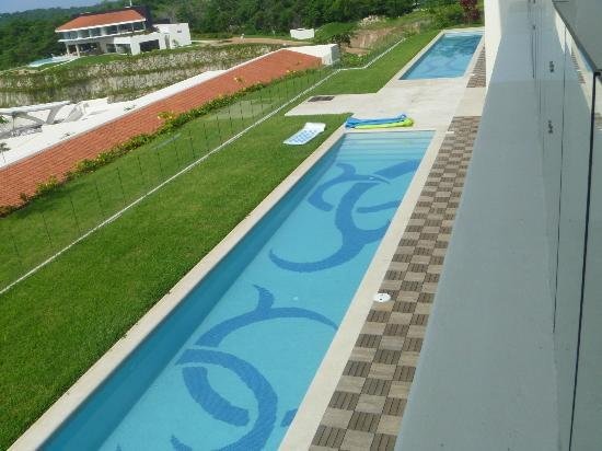 Secrets Huatulco Resort & Spa: Swim up pool for swim up rooms
