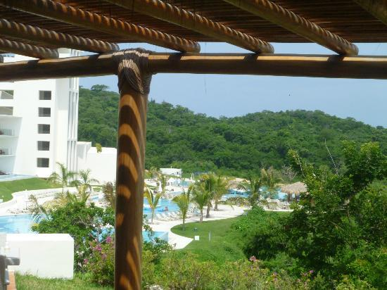 Secrets Huatulco Resort & Spa: photo from Castaways Resturant