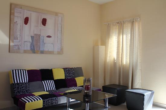 Henry's Apartment: Wohnzimmer Floyd