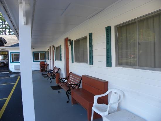 Pilgrim Inn and Cottages : Esterno