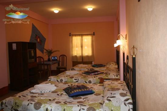 Hotel El Chaparral: Habitaciones / Rooms