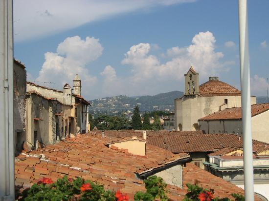 Hotel Loggiato dei Serviti: balcony's view N2