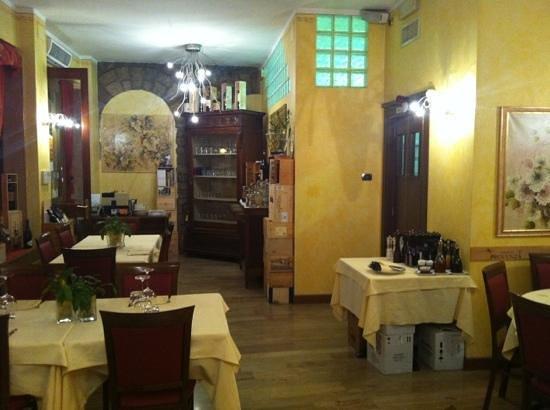 Il Girasole: vista interior del restaurant