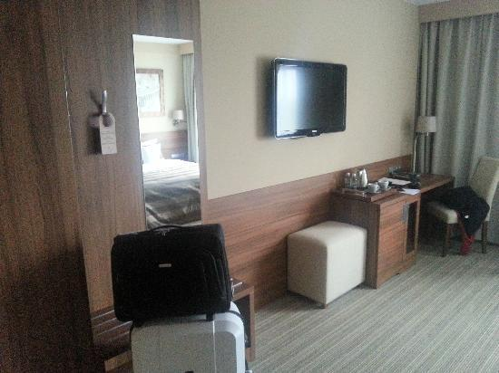 Haston City Hotel: Zimmer