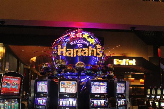 Harrah's Resort Southern California: casino area