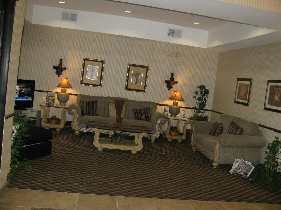 ‪‪BEST WESTERN Magnolia Inn and Suites‬: Lobby‬