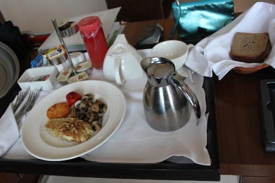 Holiday Inn Cochin : breakfast