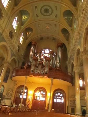 Old St. Mary's Church: the pipe organ