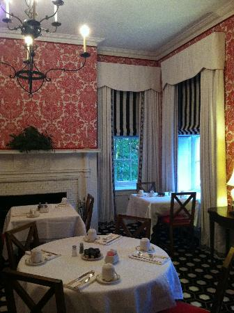 The Cooper Inn: Breakfast room