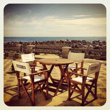 Residencial Vera: Terraza con salida directa a la playa