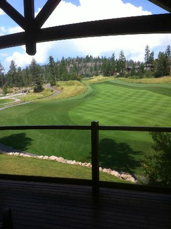Predator Ridge Resort: Golf TV - from our balcony