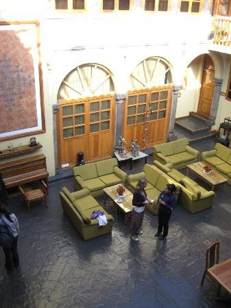Los Andes De America Hotel: inside courtyard