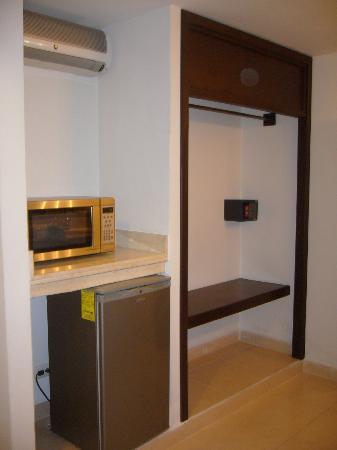 Hotel Kinich: Room