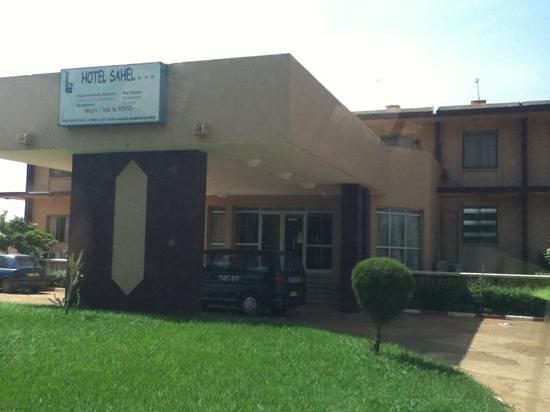 Hotel du Sahel: entrance