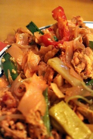 The Mandarin: Pink Pad Thai