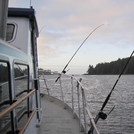Canadian Princess Lodge: Leaving Ucluelet harbour