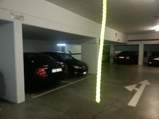 Blankenburg Hotel: parcheggio
