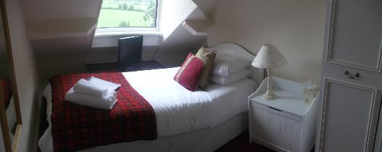 Middle Ruddings Country Inn: Room 23- Small single, en-suite (shower only) views of Skiddaw