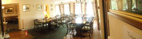Middle Ruddings Country Inn: Bar area- dining area 6pm-9pm everyday, 12pm-2pm weekends, dogs allowed