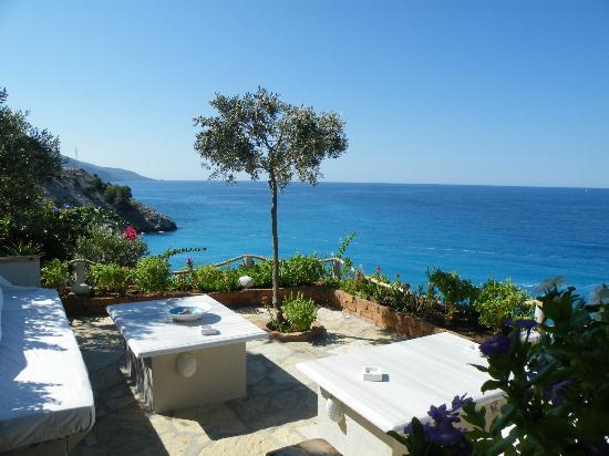 Otel Beyaz Yunus: Everywhere has a good view.