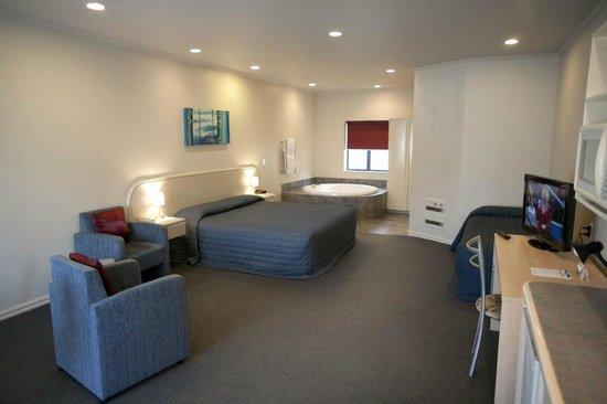 Aubyn Court Spa Motel : Studio Spa Suite