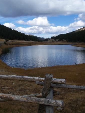 Rocky Mountain National Park, โคโลราโด: Proude Lake at Milner Pass