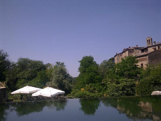 Castel Monastero: swimming pool
