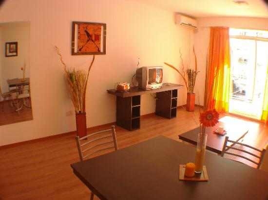 Lugabe I Apartments: deco rústica en los 2 ambientes