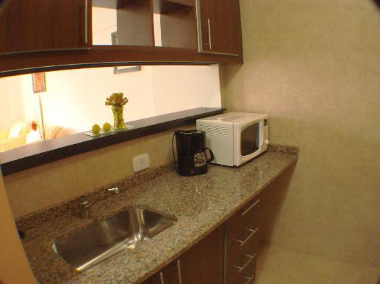 Lugabe I Apartments: moderno separador