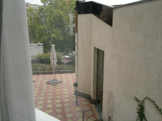 โรงแรมคราวน์พลาซ่า เบอร์ลินซิตี้เซนเตอร์: visione dalla camera