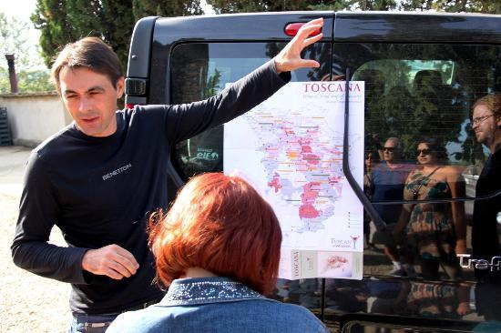 Tuscan Wine Tours - Tur Harian: Pierre talking us through the map of Tuscan wine country