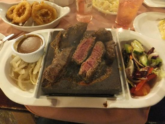 Lakeside Manor Hotel: Steak on a Stone