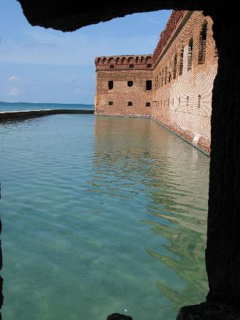 Dry Tortugas National Park: Moat at Ft. Jefferson in Dry Tortugas Nat. Park