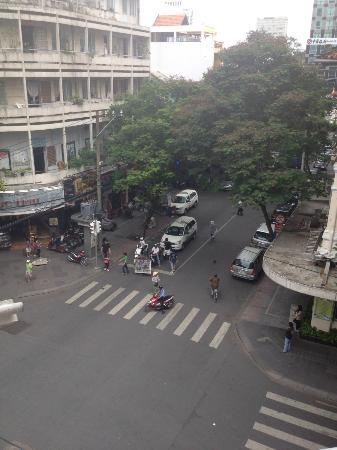 Huong Sen Hotel: View from Balcony