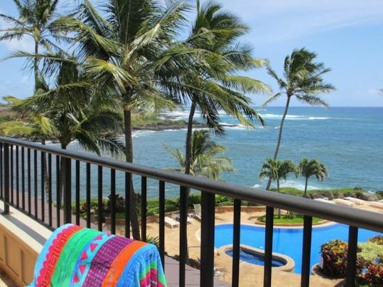 Whalers Cove Oceanfront Resort: View from lanai in unit #230