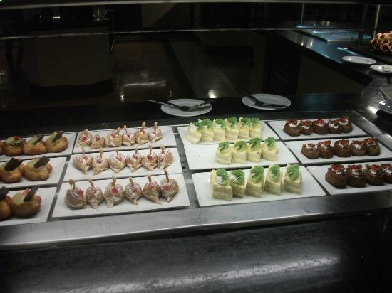 Ocean Maya Royale: Lovely desserts