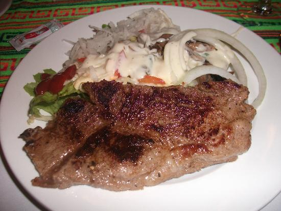 Ocean Maya Royale: Steak for dinner