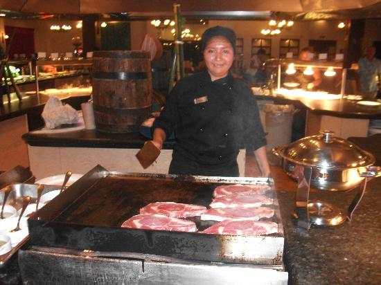Ocean Maya Royale: Fresh cooked steak