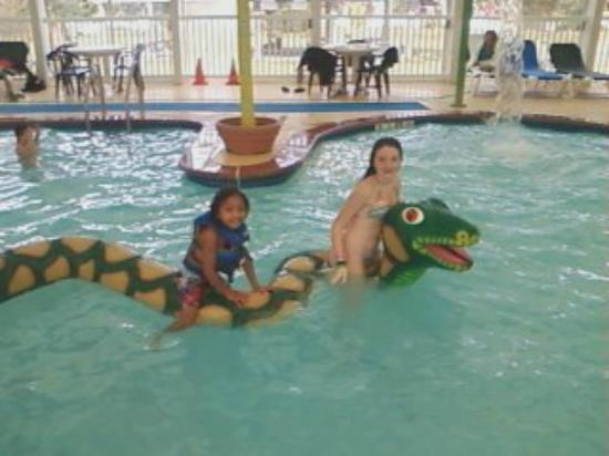 Francis Scott Key Family Resort: The kids having fun at the water park
