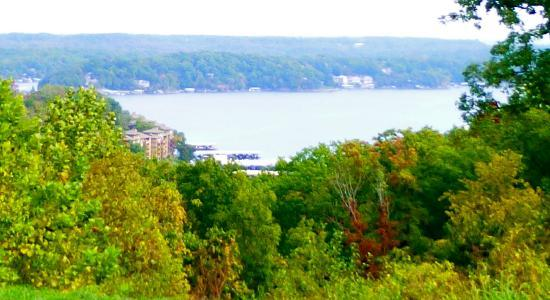 Country Club Hotel & Spa: WOW, This is the Ozarks