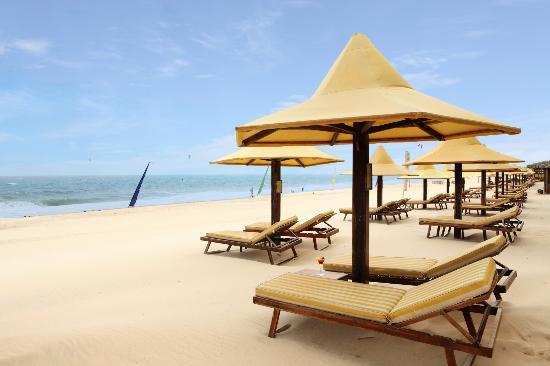 كوكو بيتش ريزورت: Our beach