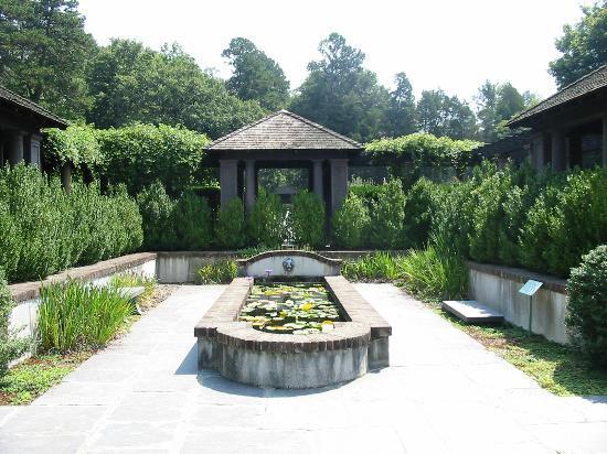Reynolda House Museum of American Art: Gardens 