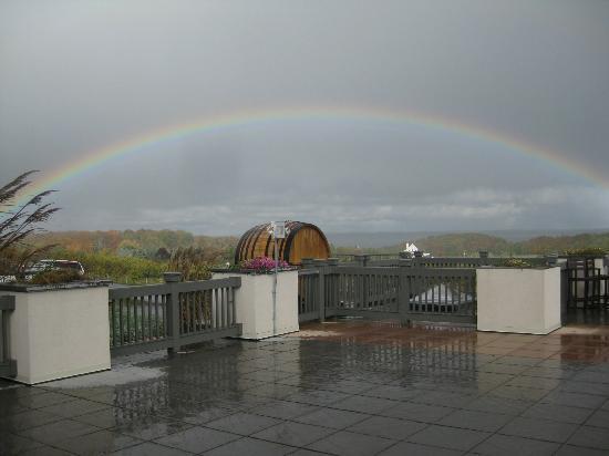 Chateau Chantal Winery & Tasting Room: Rainbow 2