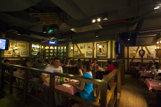 Alsace village Restaurant: inside