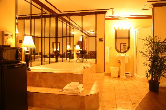 Motel Le Luxembourg : getlstd_property_photo