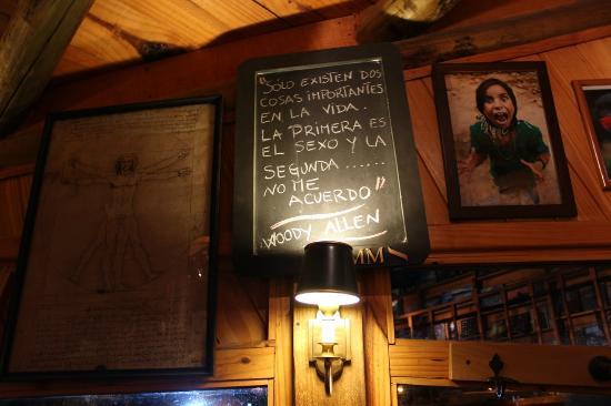 Frases Escritas Nas Paredes Do Bar Picture Of Borges Y