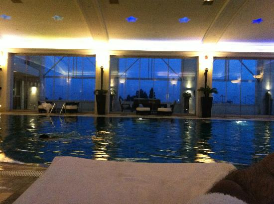 Four Seasons Hotel Amman: Indoor pool