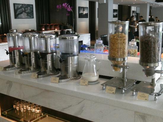 Hotel Santika Mataram: Breakfast