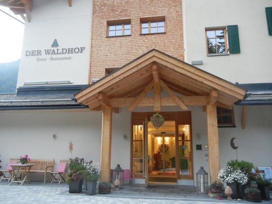 Der Waldhof: Front Entrance